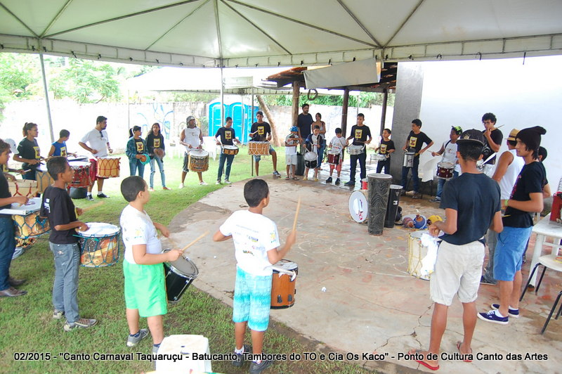 Canto Carnaval Taquaruçu 2015 - Cortejo Batucanto, Tambores do TO e Cia Os Kaco pelas ruas de Taquaruçu